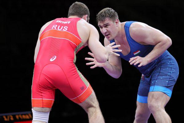 125kg FS Semifinal - Sergei KOZYREV (RUS) df. Daniel LIGETI (HUN)